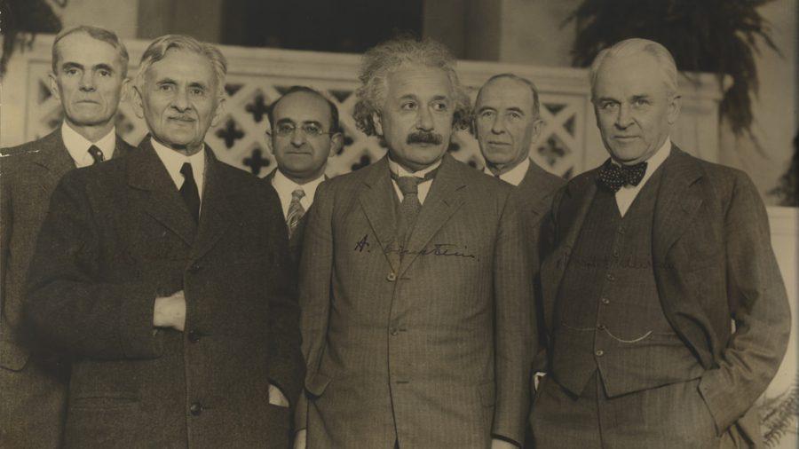 Стара слика од Алберт Ајнштајн